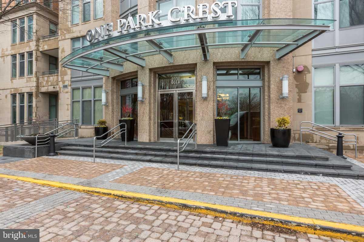 $425,000 - 1Br/1Ba -  for Sale in One Park Crest Condominium, Mclean