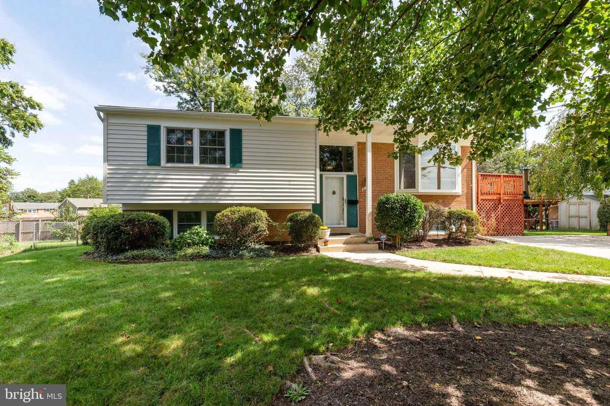 $595,000 - 4Br/3Ba -  for Sale in Monticello Woods, Springfield