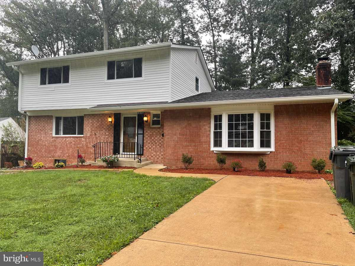 $769,000 - 5Br/4Ba -  for Sale in Kings Park, Springfield