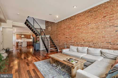 $542,500 - 3Br/4Ba -  for Sale in Butchers Hill, Baltimore