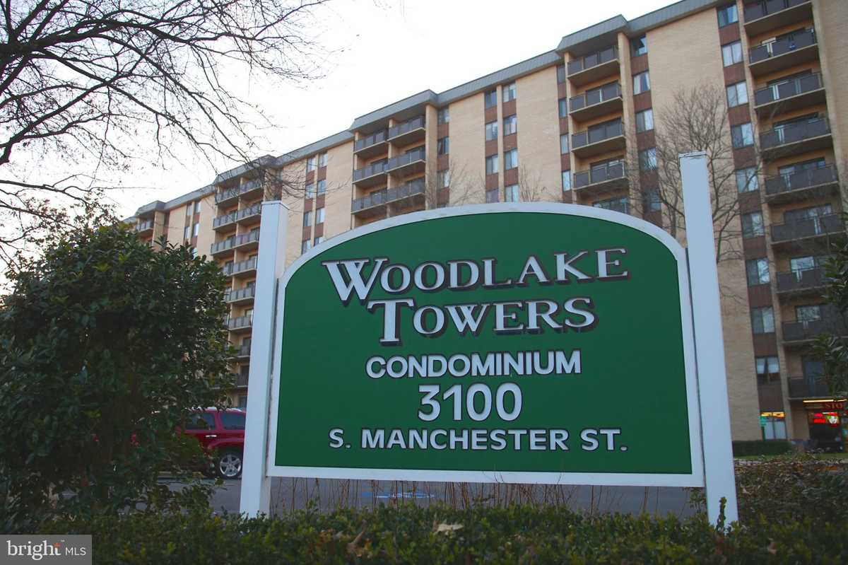 $264,900 - 2Br/2Ba -  for Sale in Woodlake Towers, Falls Church