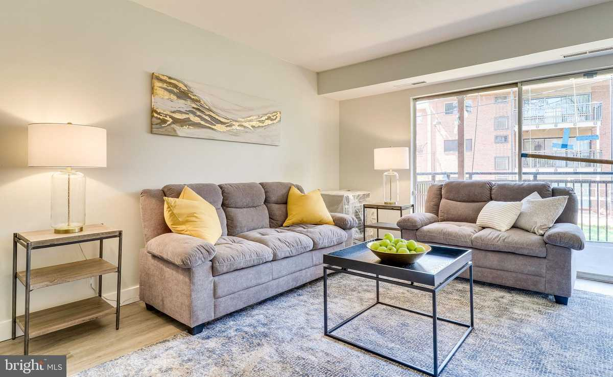 $195,000 - 1Br/1Ba -  for Sale in Timberlane Village Gdns, Falls Church