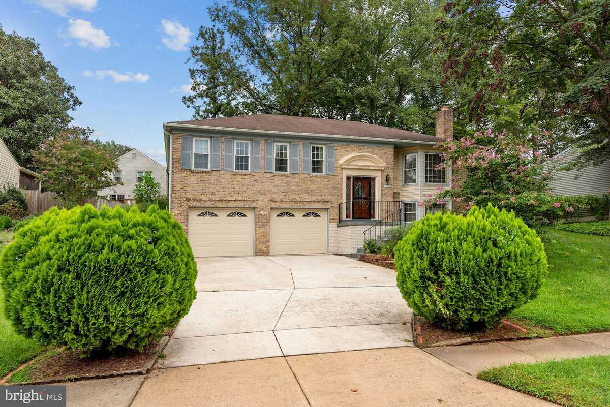 $575,000 - 3Br/3Ba -  for Sale in Saratoga, Springfield