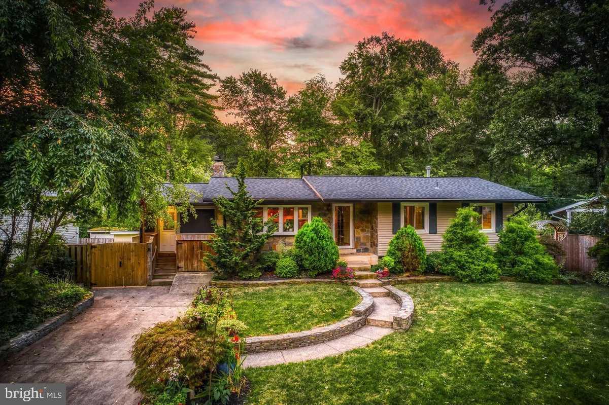 $749,000 - 4Br/2Ba -  for Sale in Fairfax Villa, Fairfax