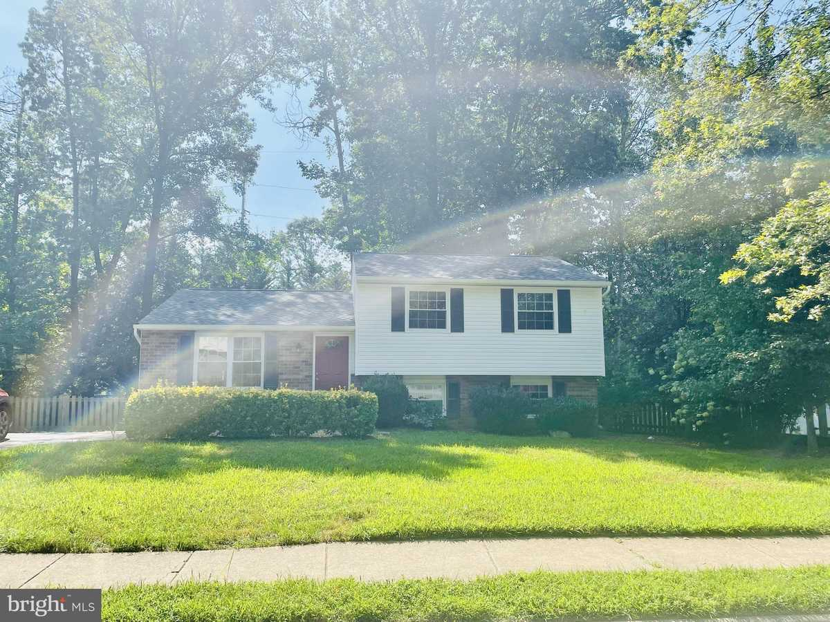 $3,200 - 5Br/3Ba -  for Sale in Fox Lair, Burke