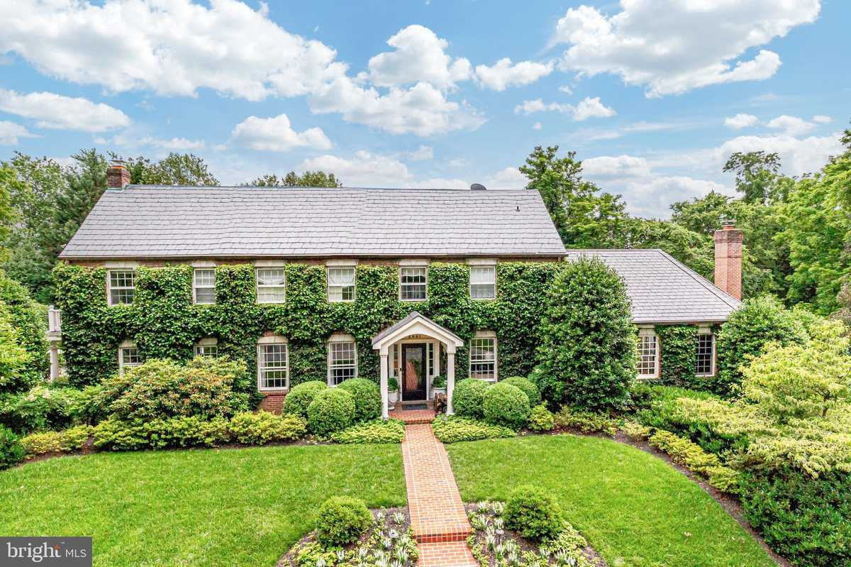 $3,195,000 - 7Br/8Ba -  for Sale in Hollindale, Alexandria