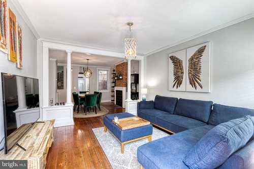 $389,900 - 3Br/3Ba -  for Sale in Butchers Hill, Baltimore
