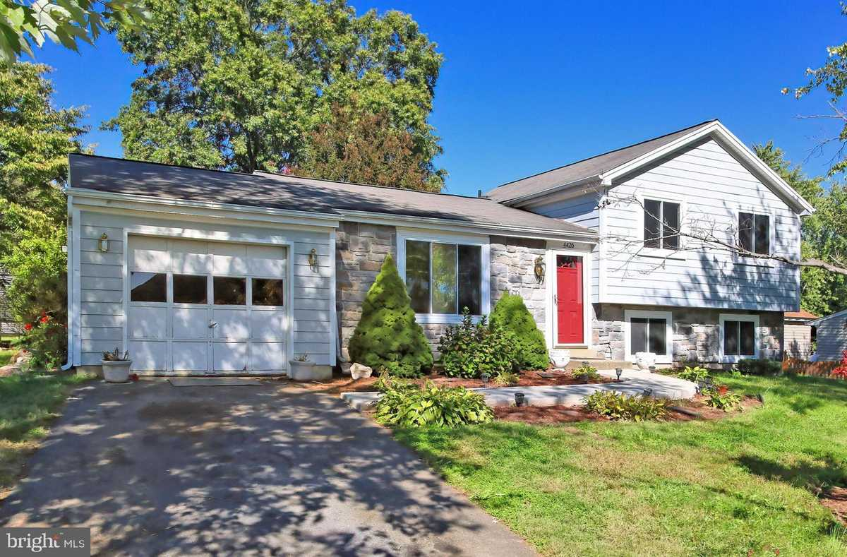 $530,000 - 3Br/2Ba -  for Sale in Pleasant Valley, Chantilly