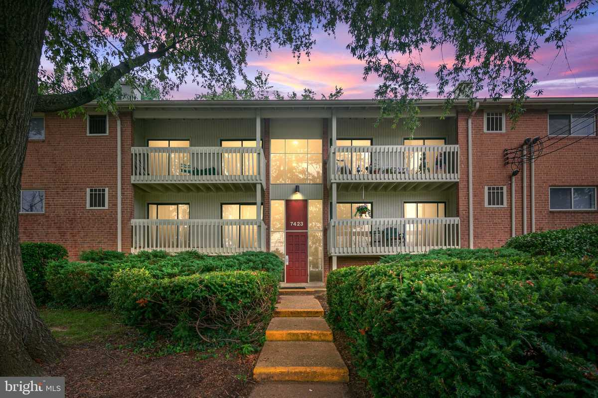 $229,000 - 2Br/1Ba -  for Sale in Little River Square, Annandale