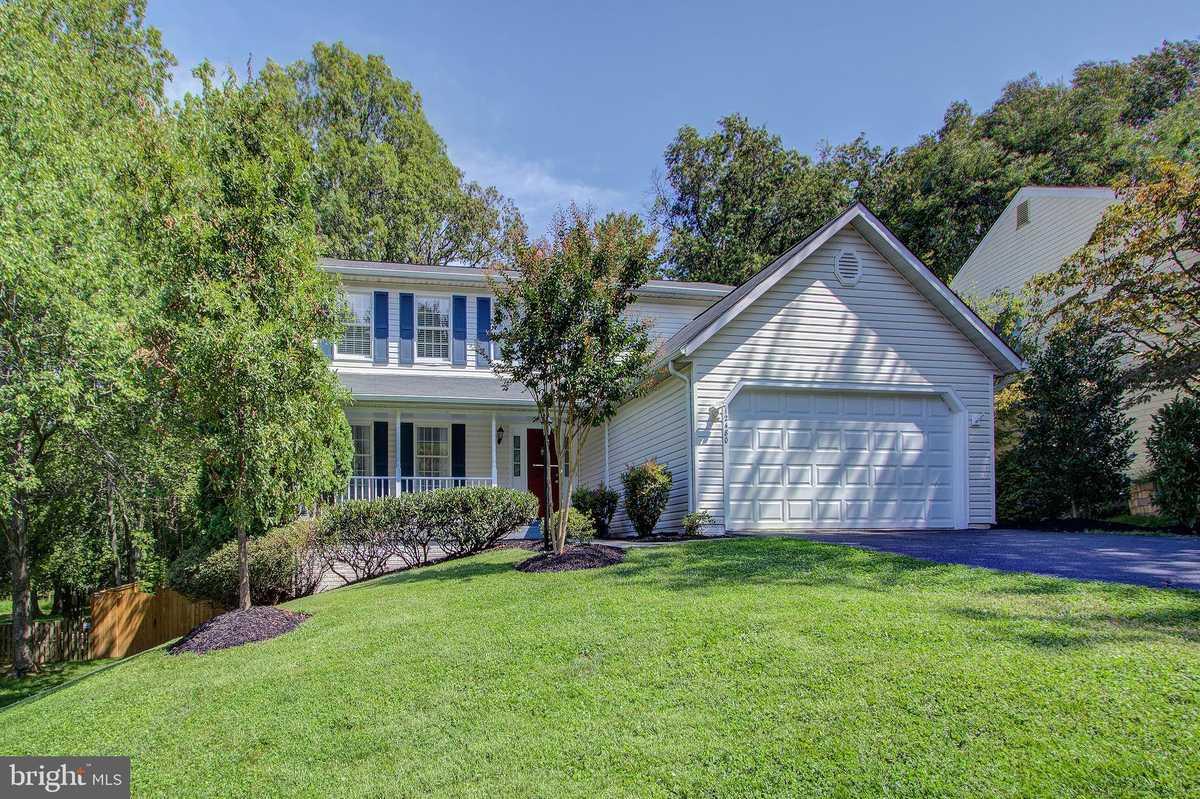 $785,000 - 5Br/4Ba -  for Sale in Fox Mill Estates, Herndon