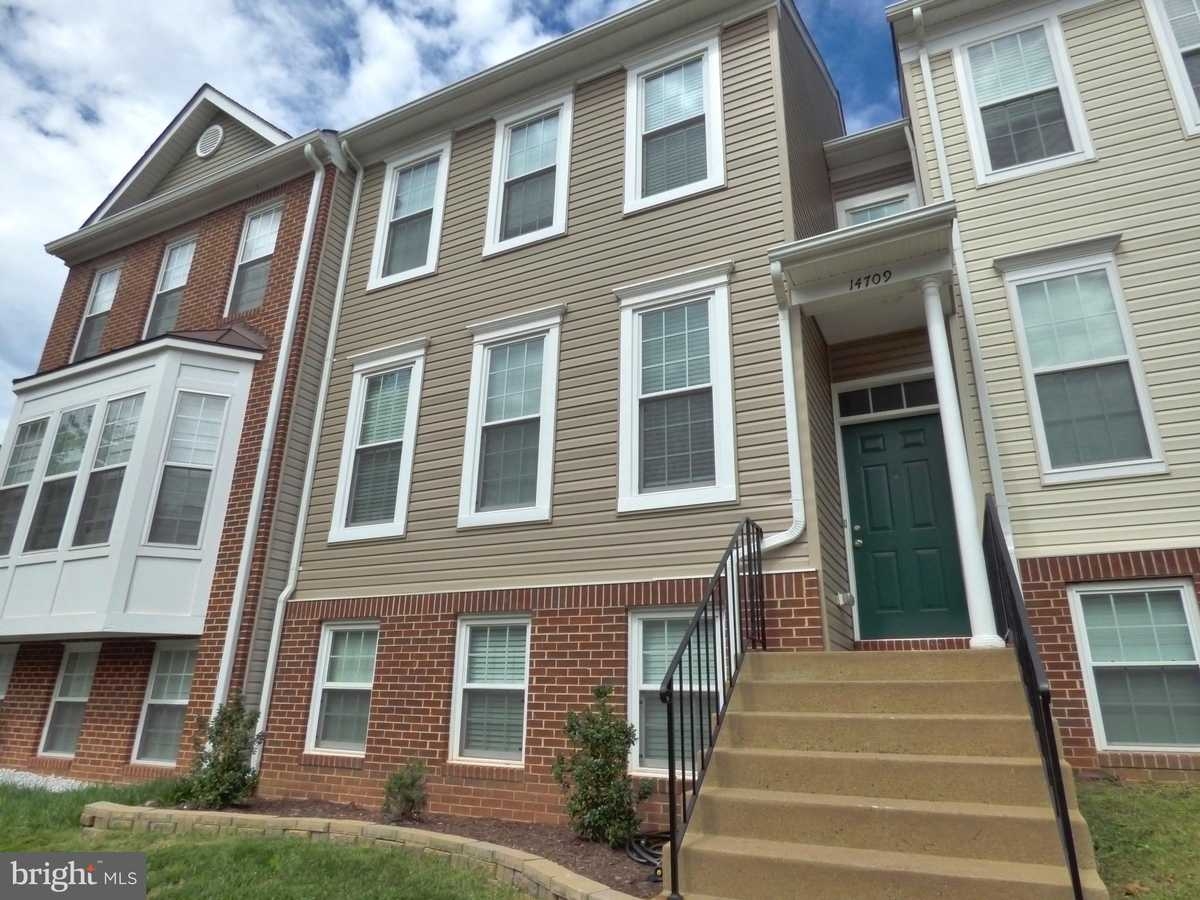 $479,900 - 3Br/3Ba -  for Sale in Sully Station Ii, Centreville