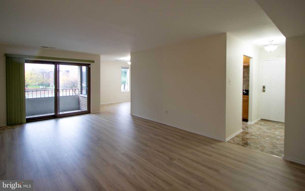 $238,000 - 2Br/2Ba -  for Sale in Jefferson Mews, Herndon