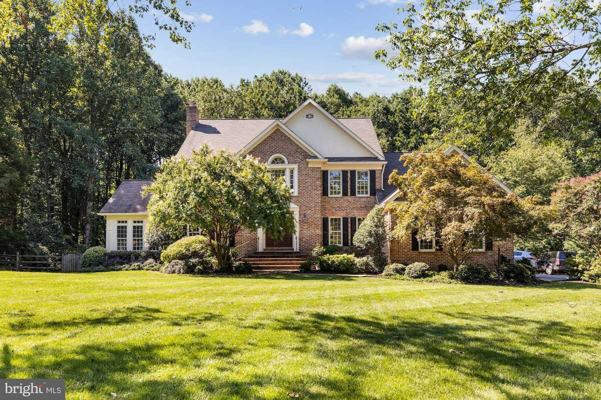$1,595,000 - 5Br/5Ba -  for Sale in Old Saybrook, Great Falls