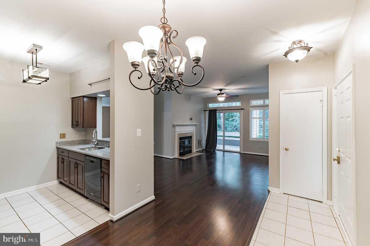 $299,999 - 1Br/1Ba -  for Sale in Linden At Fair Ridge, Fairfax