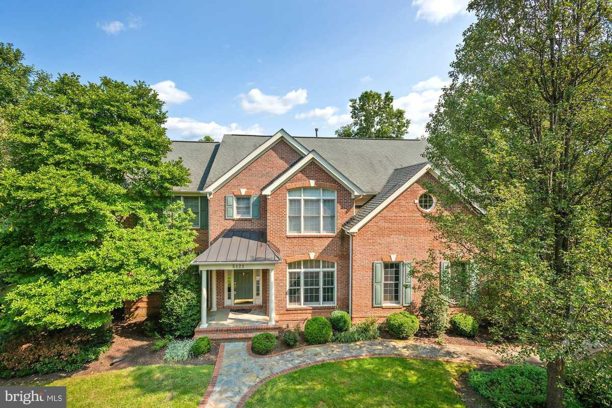 $995,000 - 4Br/5Ba -  for Sale in Sully Estates, Centreville