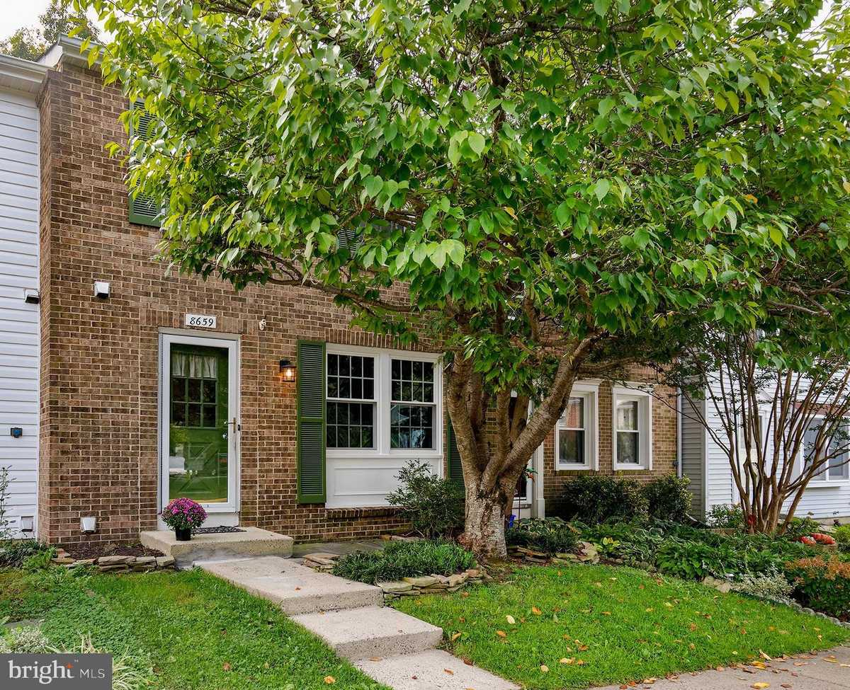 $440,000 - 3Br/3Ba -  for Sale in Newington Forest, Springfield