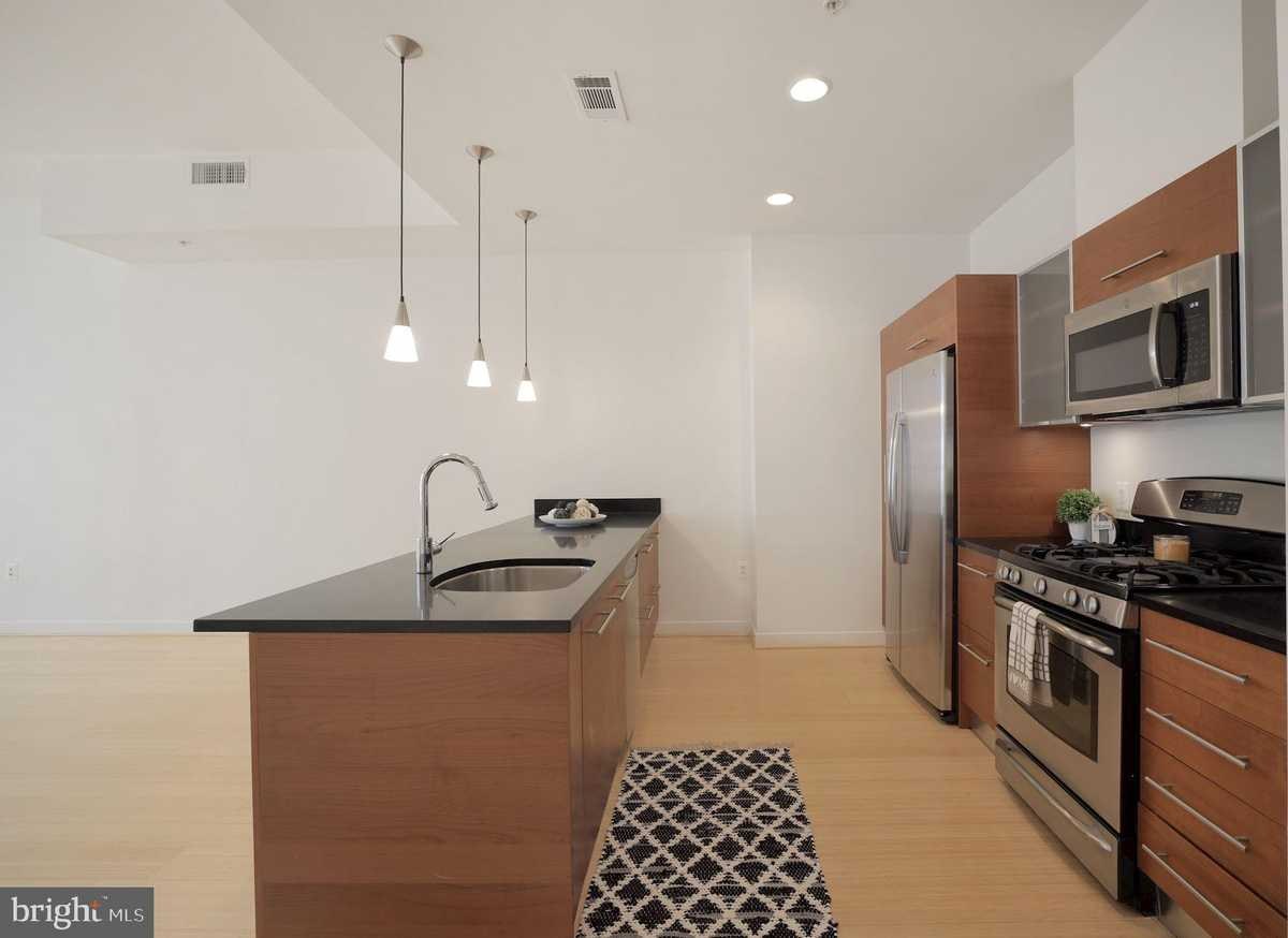$442,000 - 1Br/2Ba -  for Sale in Midtown North, Reston