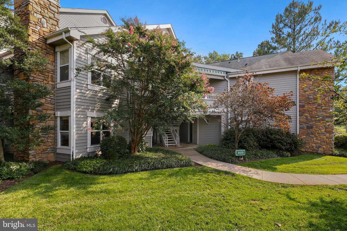 $249,000 - 1Br/1Ba -  for Sale in Stonecroft Condo, Fairfax