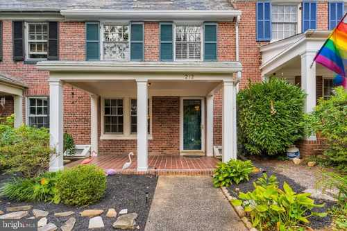 $405,000 - 5Br/4Ba -  for Sale in Oakenshawe, Baltimore