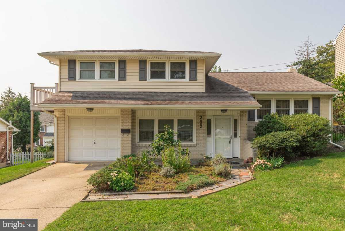 $309,900 - 4Br/2Ba -  for Sale in Hilltop Manor, Wilmington