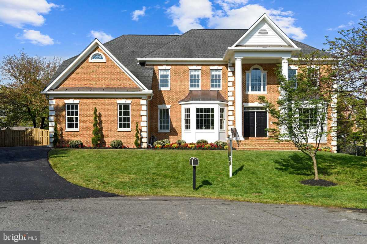$1,595,000 - 5Br/5Ba -  for Sale in Annandale Gardens, Annandale