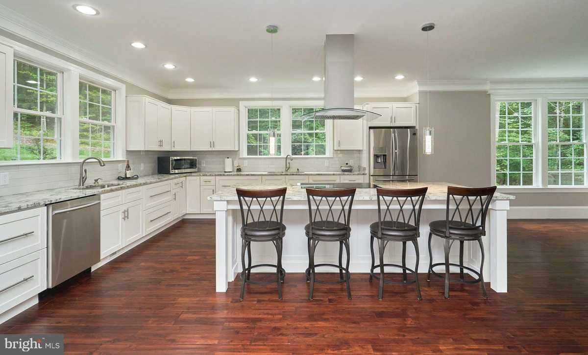 $925,000 - 4Br/5Ba -  for Sale in Bristow, Nokesville