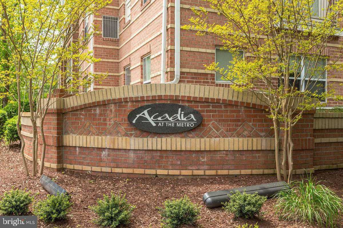 $2,200 - 2Br/2Ba -  for Sale in Acadia At The Metro, Vienna