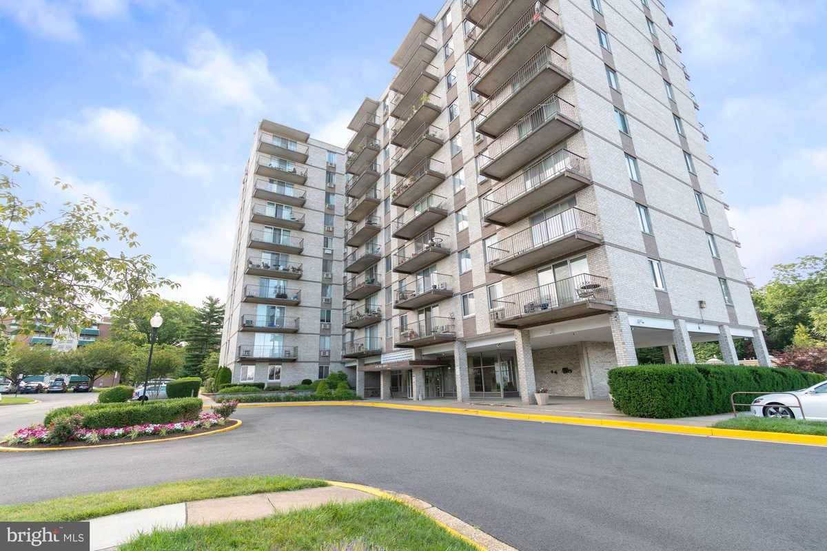 $205,000 - 1Br/1Ba -  for Sale in Barcroft Hills, Falls Church