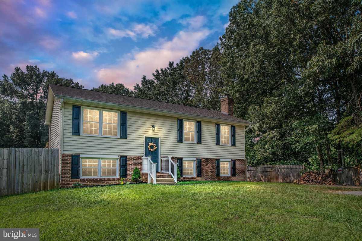 $375,000 - 3Br/2Ba -  for Sale in Aquia Run, Stafford