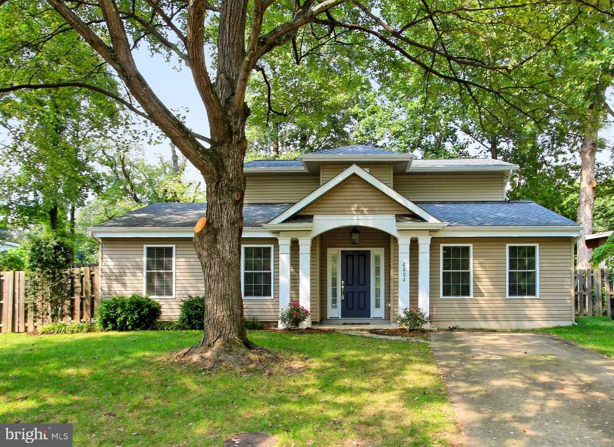 $615,000 - 3Br/3Ba -  for Sale in Rolling Valley West, Burke