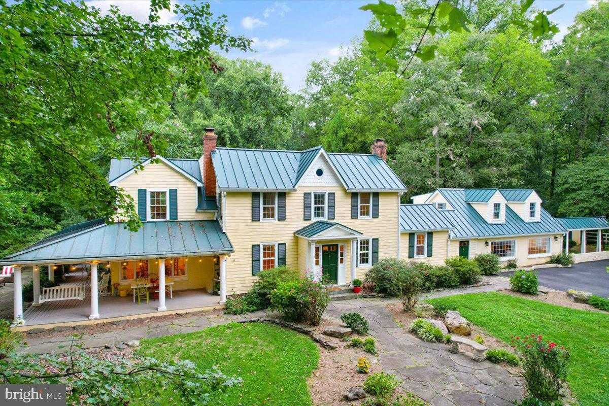 $1,700,000 - 4Br/4Ba -  for Sale in None Available, Oak Hill
