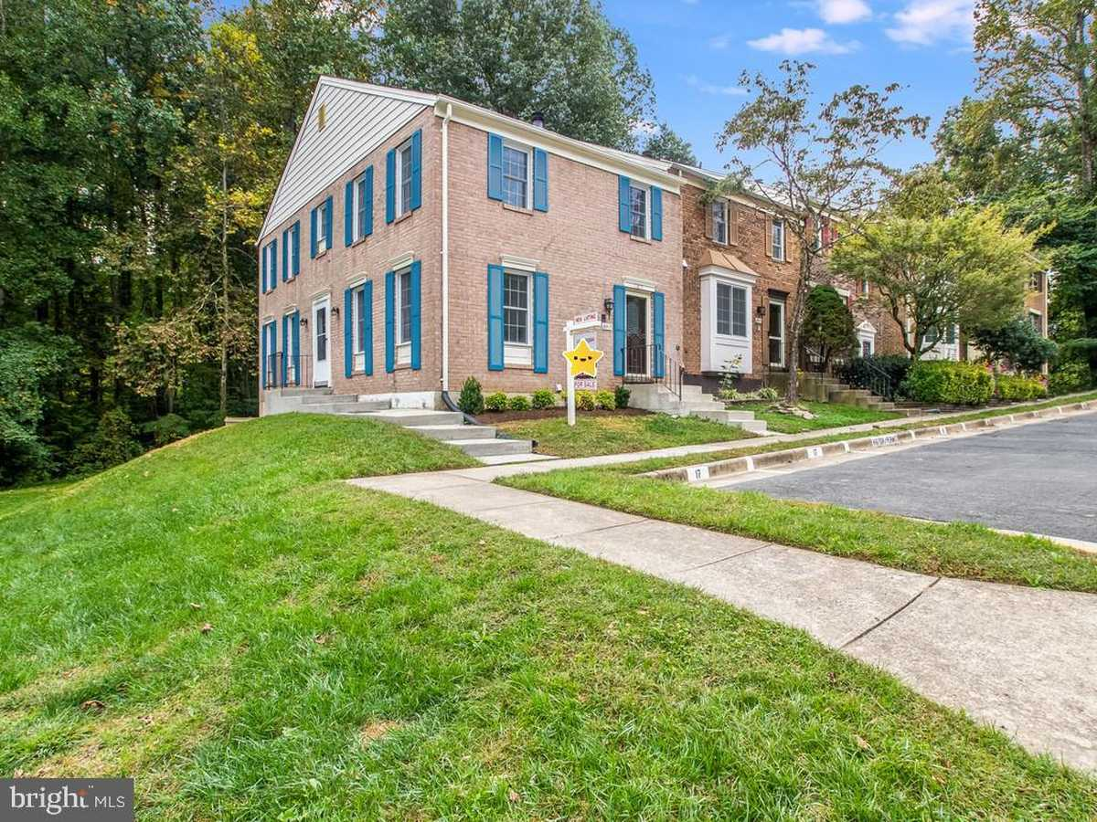 $474,000 - 3Br/4Ba -  for Sale in Cardinal Glen, Burke