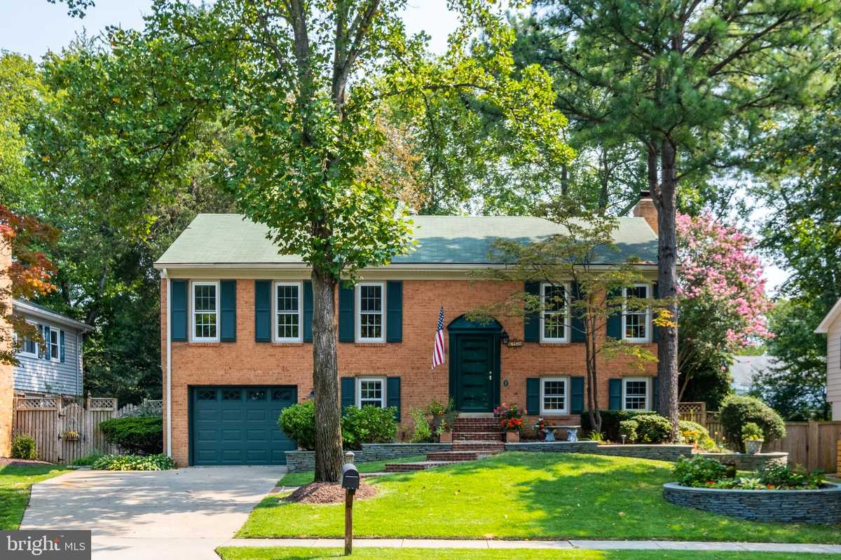 $799,900 - 4Br/4Ba -  for Sale in Stratford On The Potomac, Alexandria