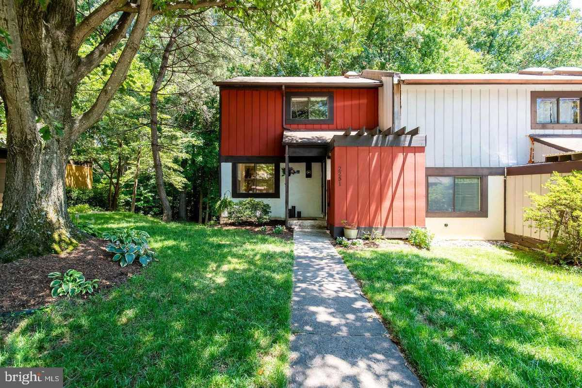 $515,000 - 3Br/4Ba -  for Sale in Reston, Reston