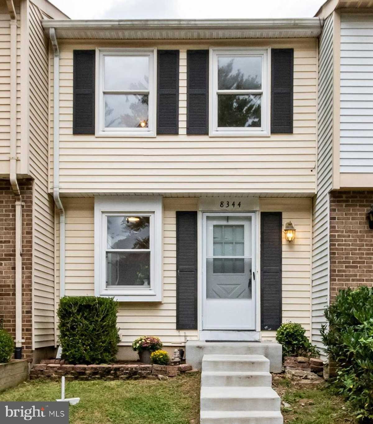 $360,000 - 2Br/2Ba -  for Sale in Newington Forest, Springfield