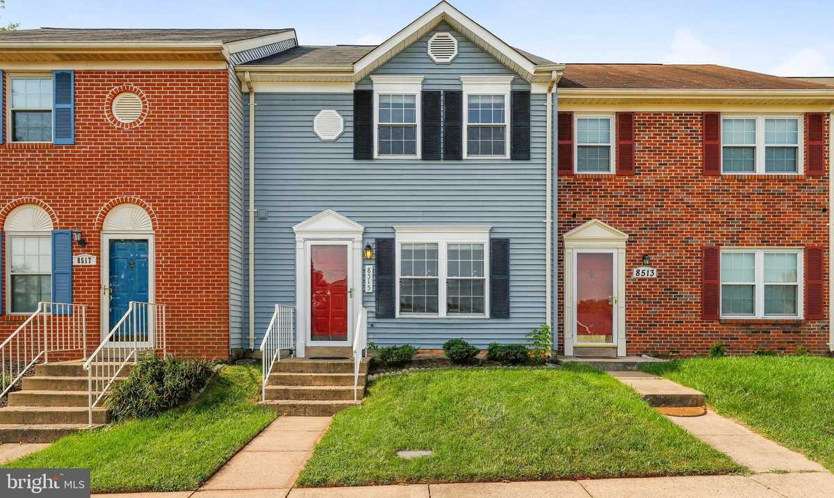 $325,000 - 3Br/3Ba -  for Sale in Point Of Woods, Manassas