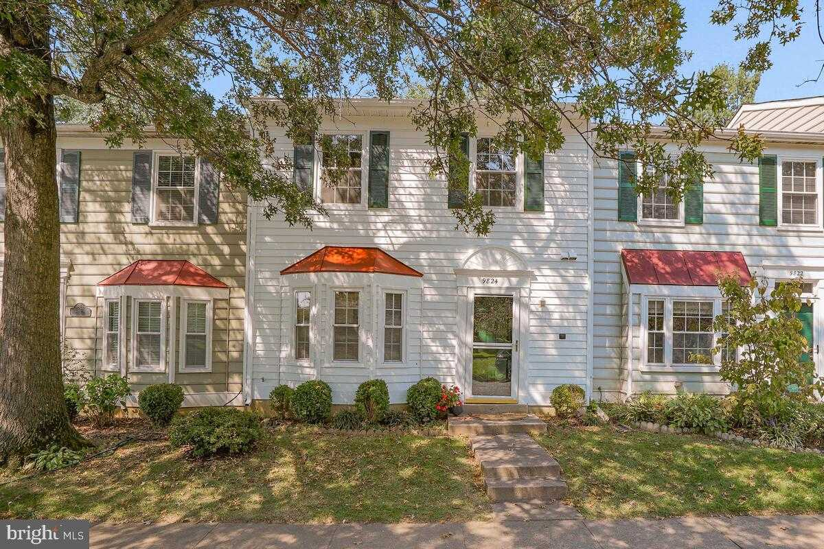 $470,000 - 3Br/3Ba -  for Sale in Oakton Cloisters, Vienna