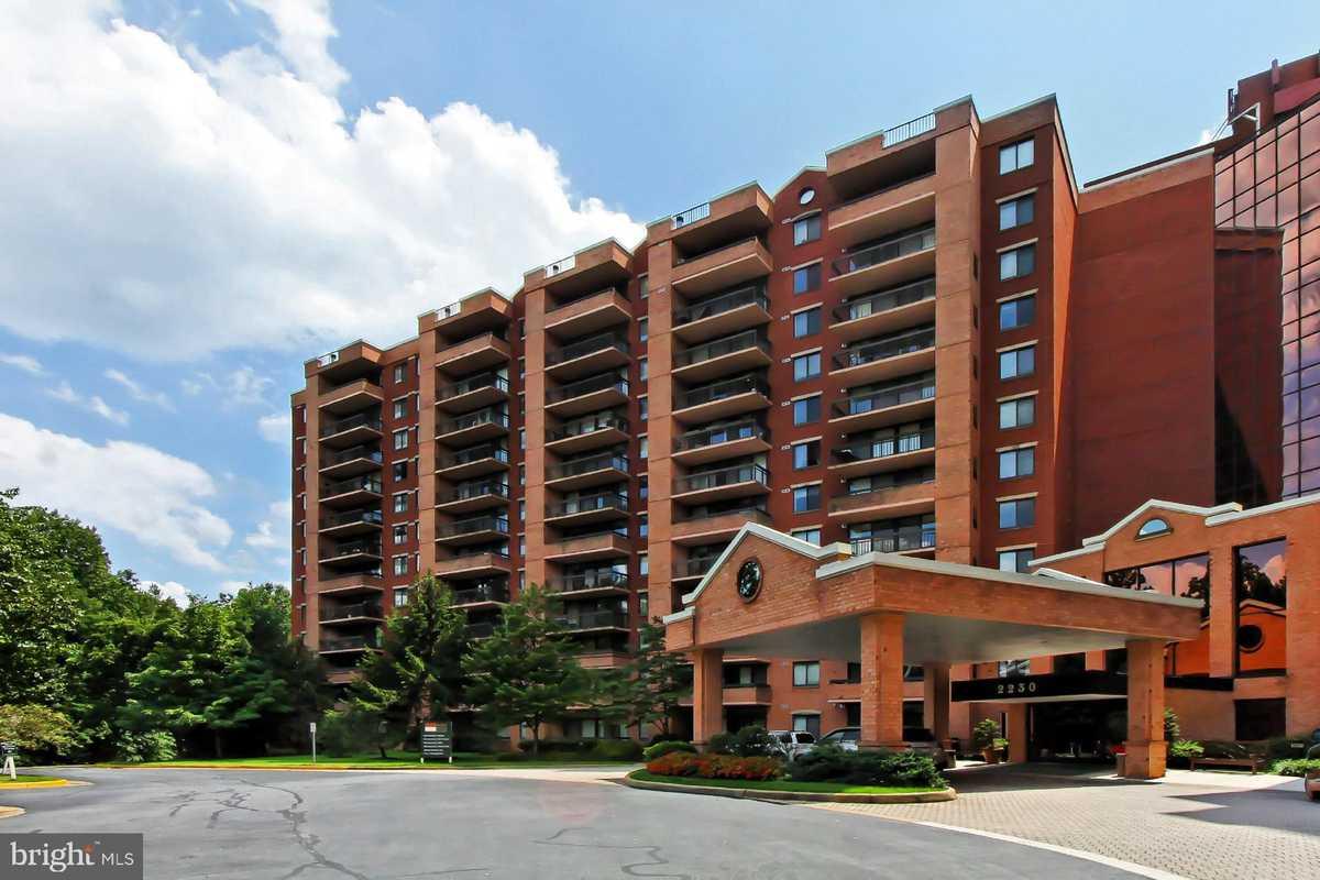 $329,000 - 1Br/1Ba -  for Sale in Renaissance, Falls Church
