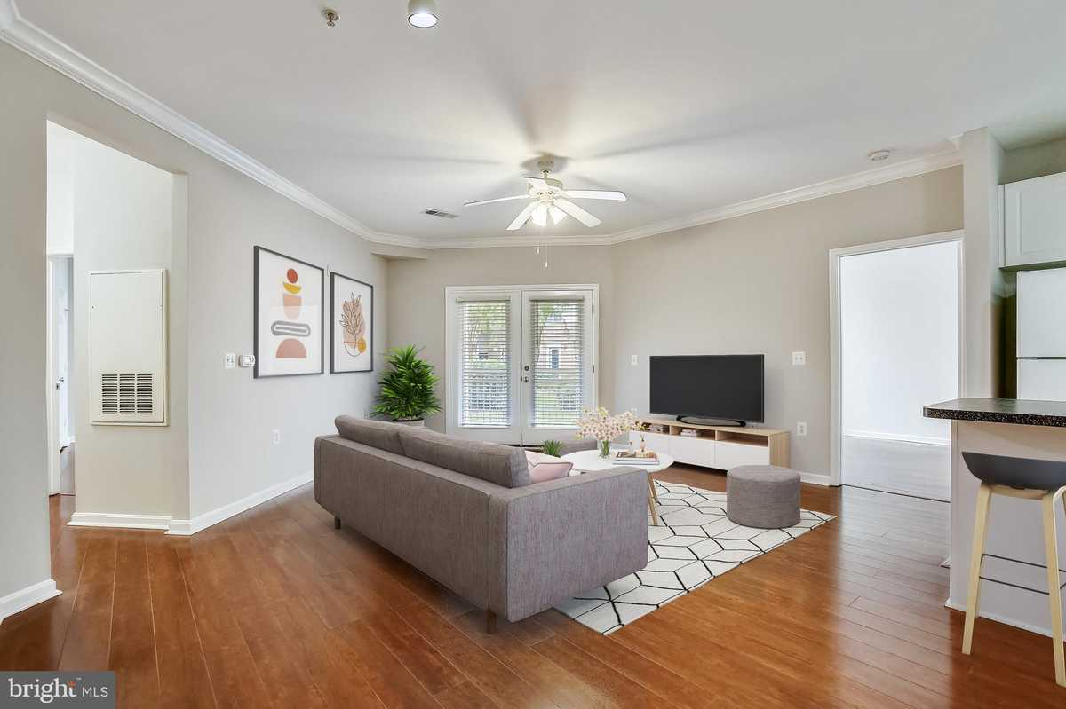 $415,000 - 2Br/2Ba -  for Sale in Marquis At Vienna Station, Vienna