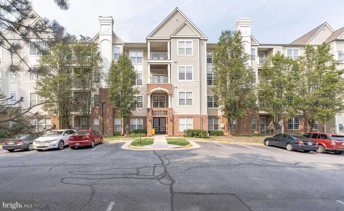 $345,000 - 1Br/1Ba -  for Sale in High Pointe At Jefferson, Falls Church