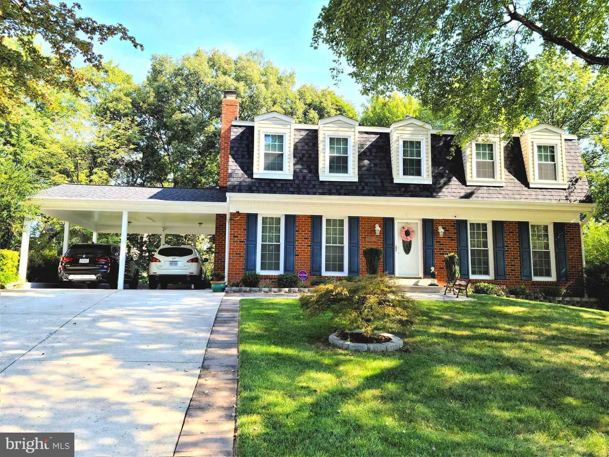 $749,900 - 4Br/4Ba -  for Sale in Keene Mill Station, Springfield