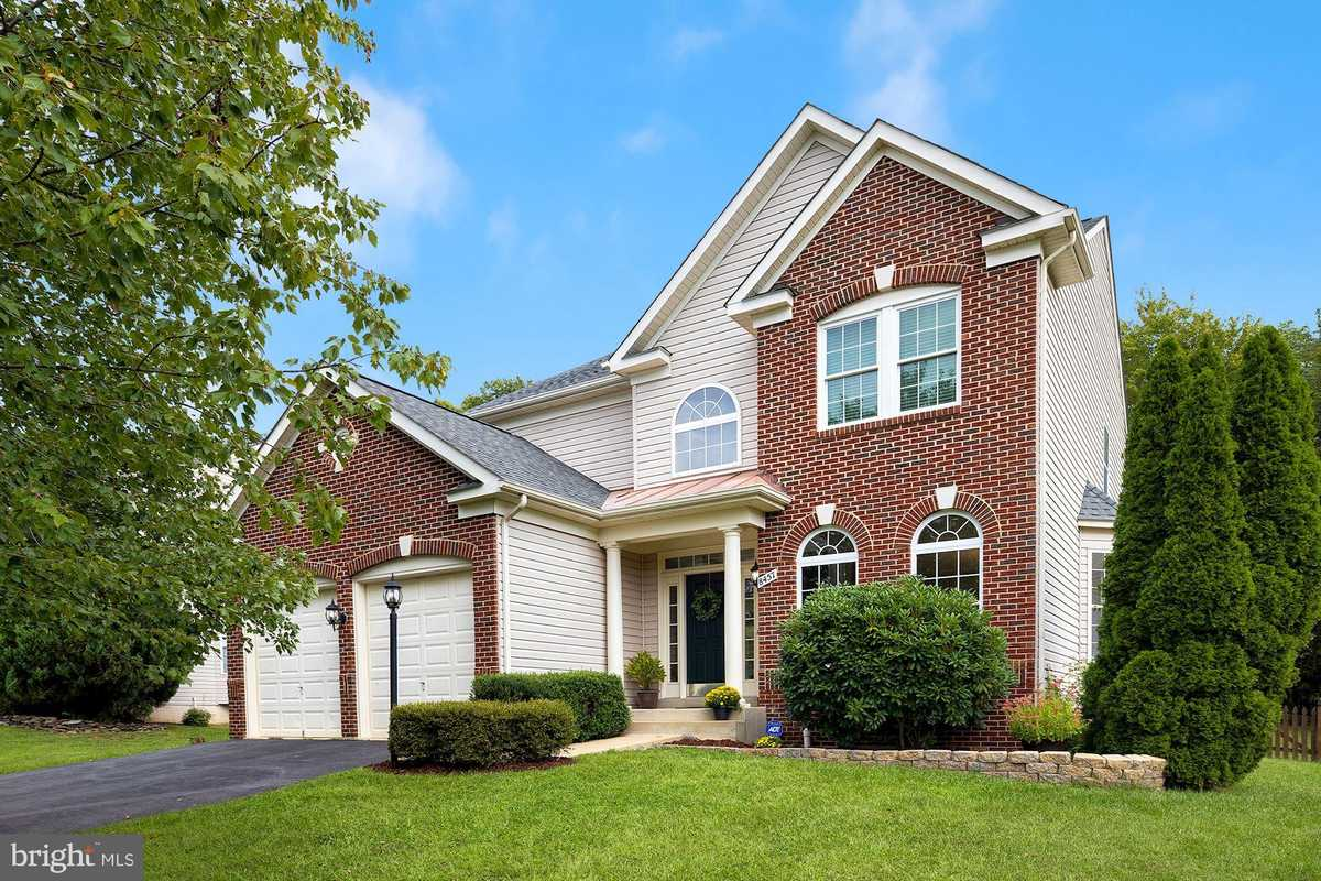$799,000 - 5Br/4Ba -  for Sale in The Forest At Southrun, Springfield