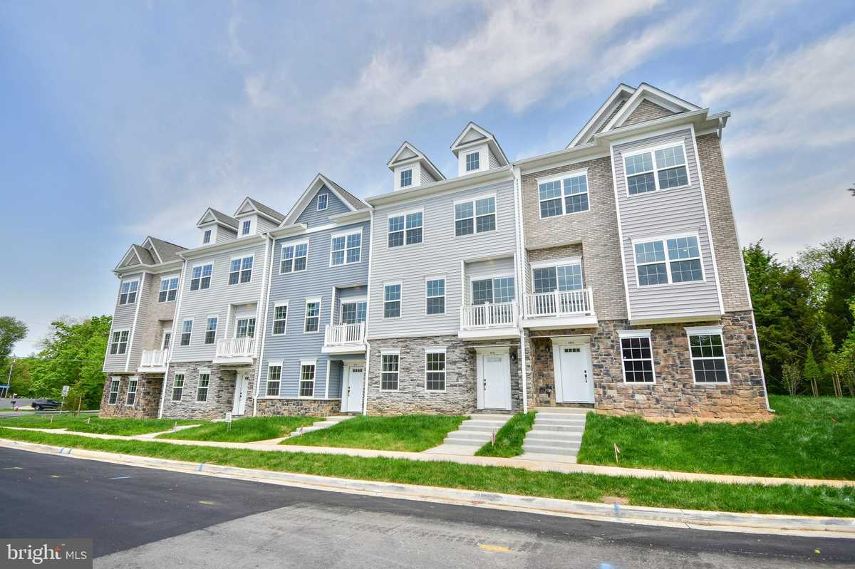 $649,900 - 3Br/4Ba -  for Sale in None Available, Alexandria