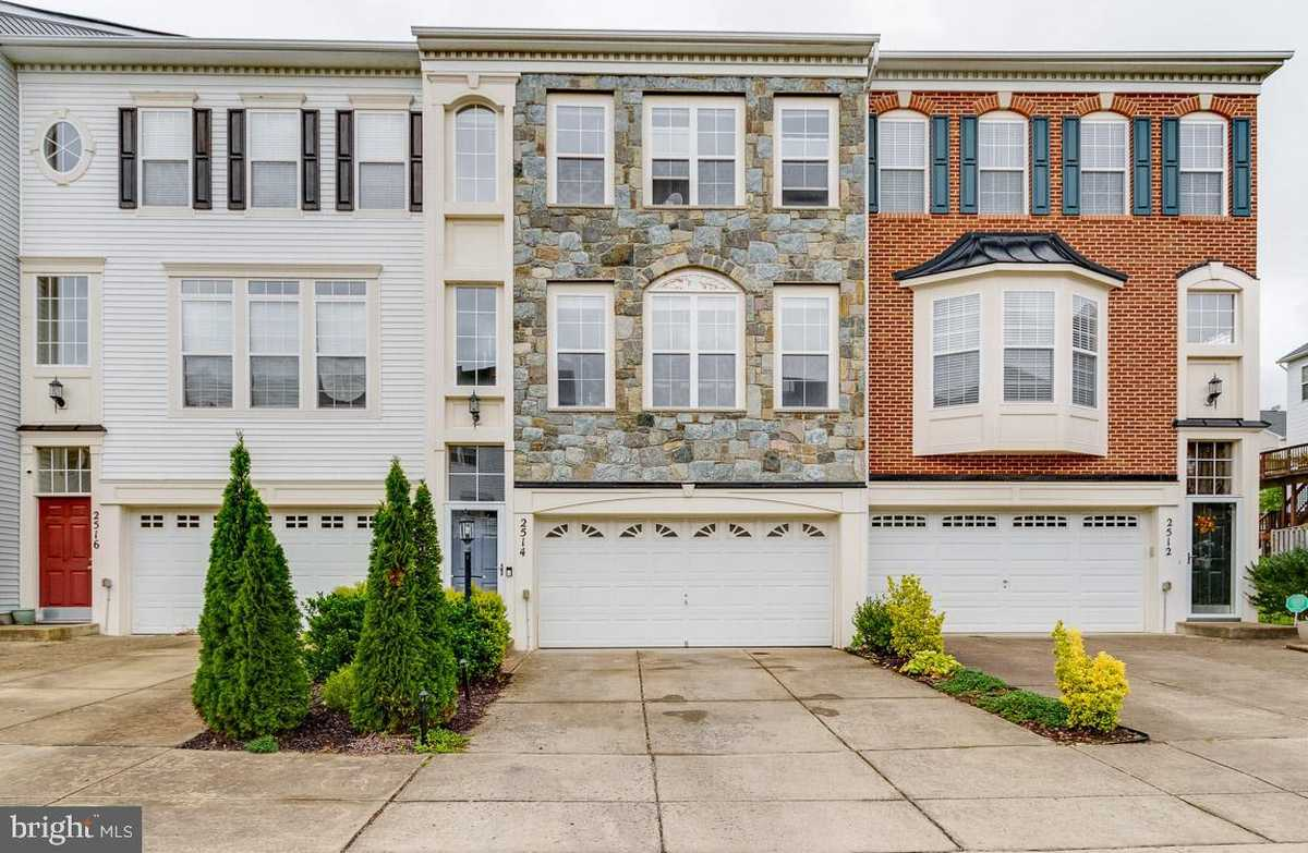 $440,000 - 3Br/3Ba -  for Sale in River Oaks, Woodbridge