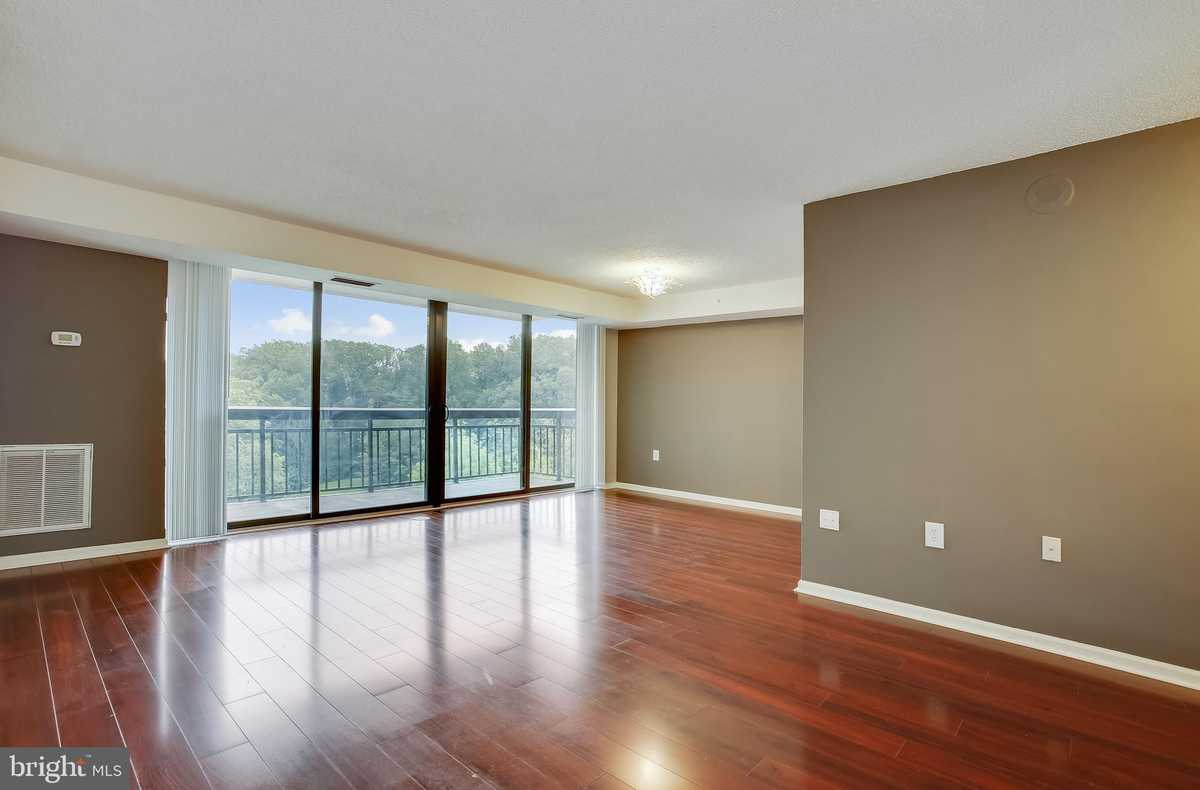 $285,000 - 1Br/1Ba -  for Sale in Renaissance At Tysons, Falls Church