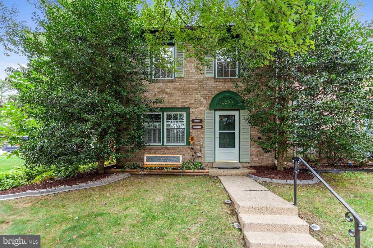 $449,900 - 3Br/3Ba -  for Sale in Keene Mill Woods, Burke