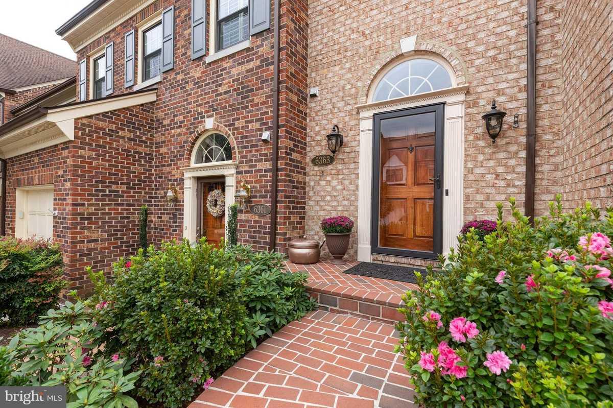 $800,000 - 3Br/5Ba -  for Sale in Landmark Mews, Alexandria