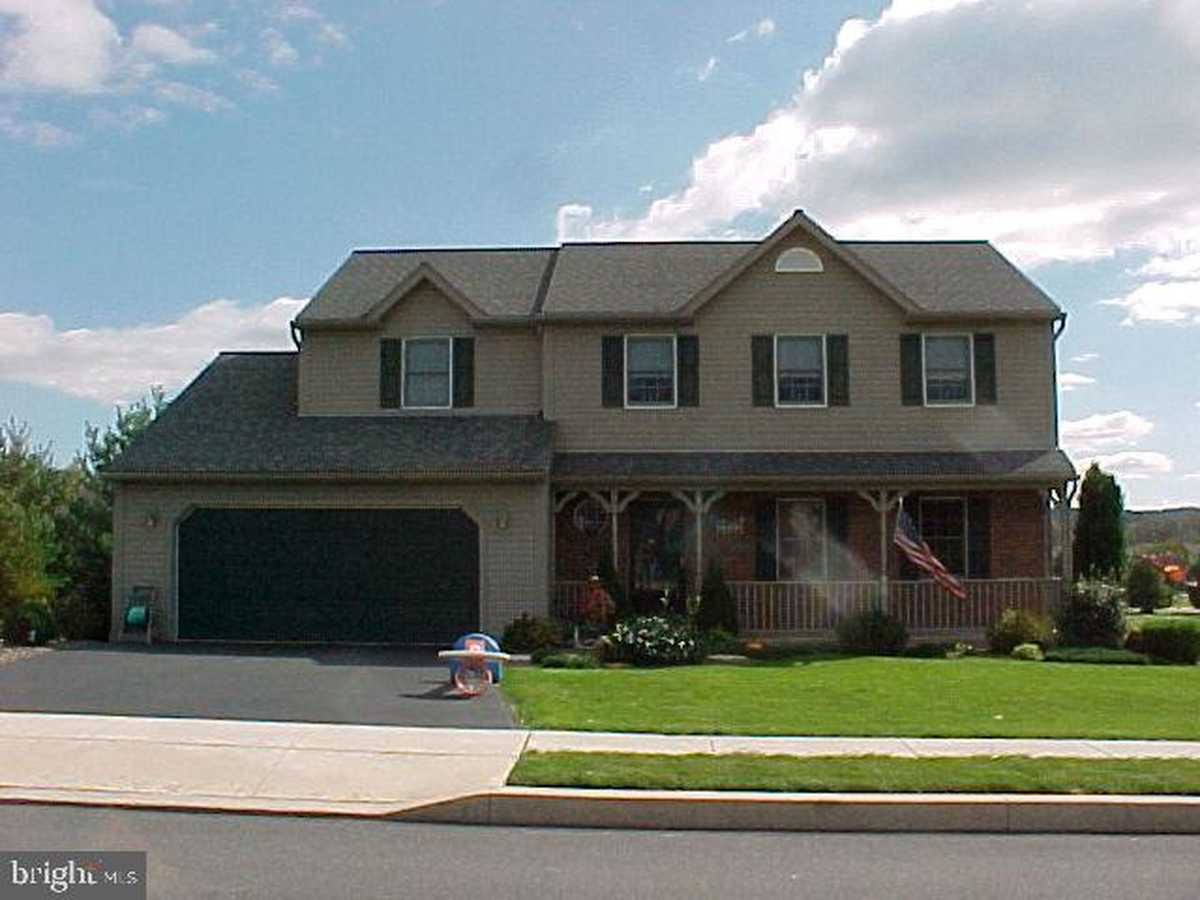$429,900 - 4Br/3Ba -  for Sale in Crossings At Maidenc, Blandon