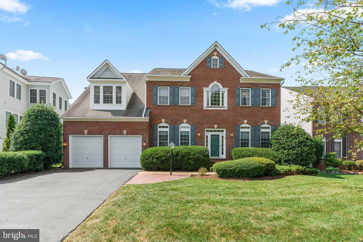$979,900 - 6Br/5Ba -  for Sale in Presidential Hills, Springfield