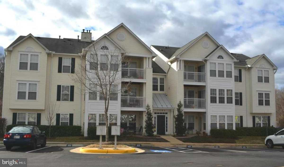 $313,000 - 2Br/2Ba -  for Sale in South Meadows, Alexandria